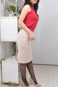 真子(29)