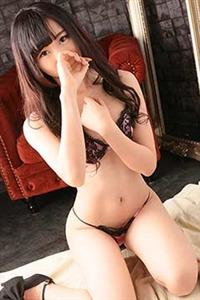美藤 純奈(18)