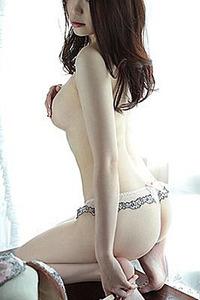 郁稲加奈子(26)