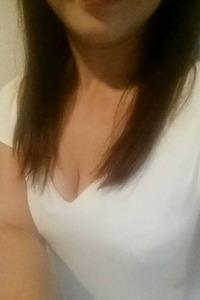 アン(33)