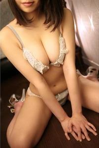マミコ(24)