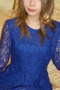 青山エレン(24)