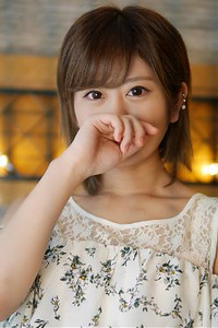 三田アスカ(20)