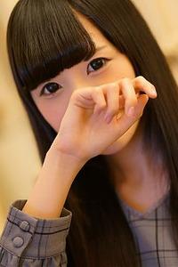 佐山ヒナ(21)