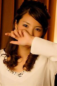 早瀬アオイ(24)