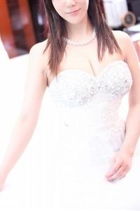 井川紗綾花(27)