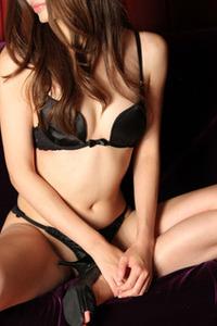 深田優奈(23)