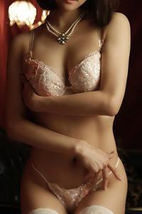佐伯由梨枝(26)