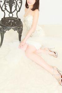 真木 友梨奈(31)