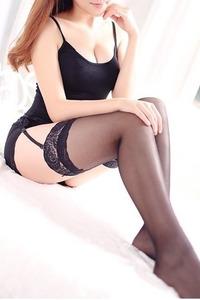 優里奈(24)