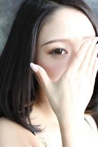 凛音【りお】(23)
