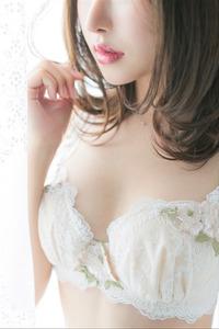 榎本すみれ(22)