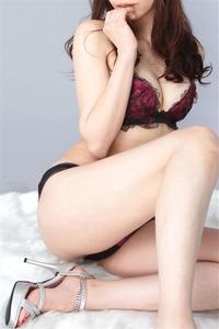 白坂マリナ(30)