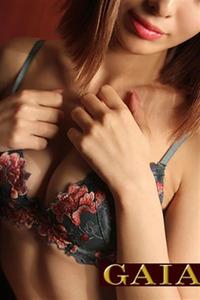 生田ひな(20)
