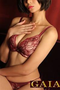 武石クレア(24)
