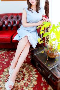 国仲 朋美(33)