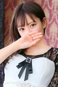 坂田 渚沙(18)