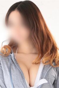 渋谷ナルミ(26)