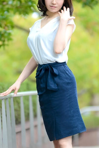 椎名 景子(41)