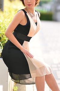 飛鳥 友美(37)