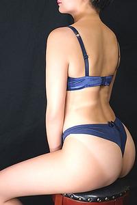 琴乃 氏(36)