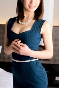 結城あかり(25)