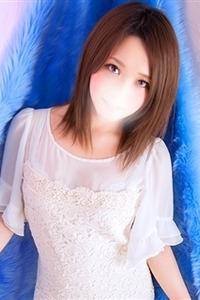 瞳(ひとみ)(22)