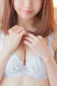 新見 佳奈(23)