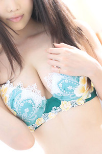 天童 凜々子(25)