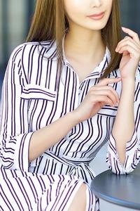 京乃泉(25)
