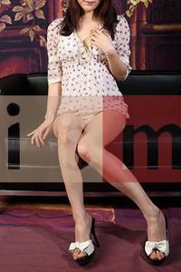 鮎川美紅(26)