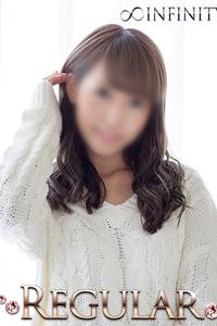 リナ(21)