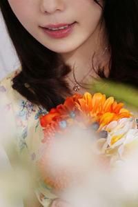 夏目 祐美(25)