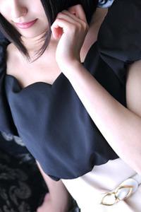 花沢 奈美(23)