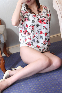 冴木美琴(41)