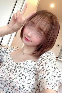 春菜 由香里(24)