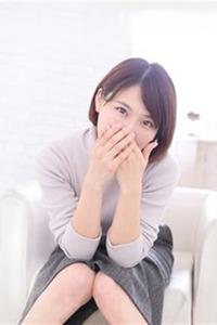 石原りな(22)