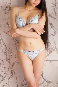 涌井 真希(22)
