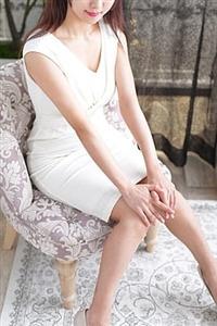 香坂美咲(27)