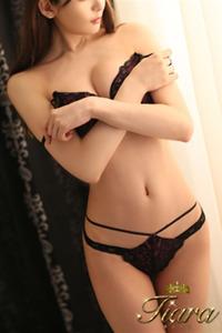 福山 明穂(23)