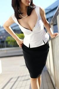 高級人妻デリヘル 彩-AYA--白石-