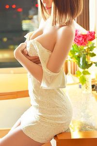 樋上 レナ(23)