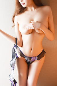 新村 ななえ(22)