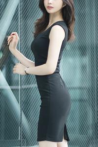 葉月 舞奈(27)