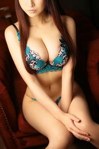 藤森 麗奈(28)
